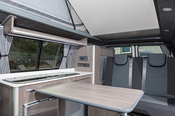 Camper Conversion Reimo vTech-Roof